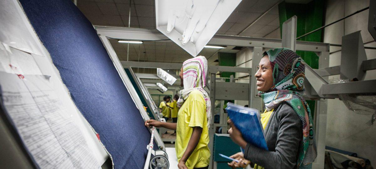 vrouwen in textielfabriek in Ethiopie